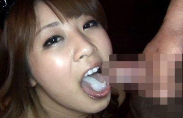 「ごっくんする巨乳女のコ動画」【ベスト5】